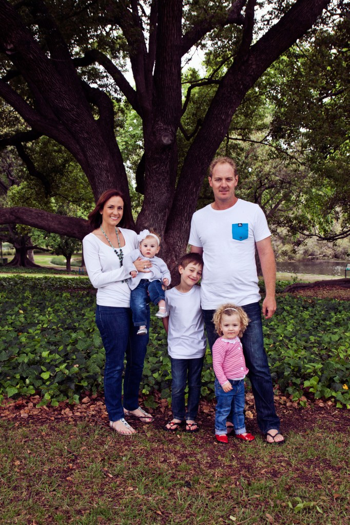 red eclectic family perth family photography 01