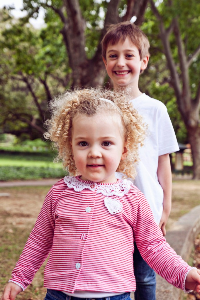 red eclectic family perth family photography 12