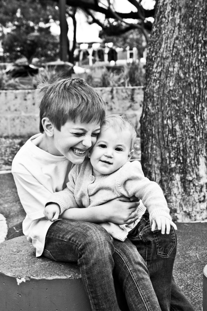 red eclectic family perth family photography 15