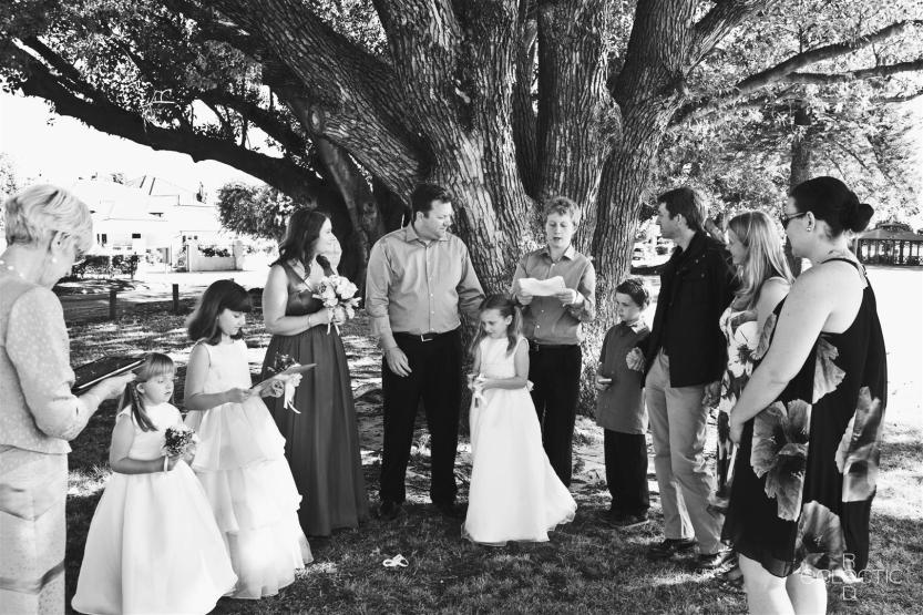bryan_lisa_wedding_109_b&w (Large)